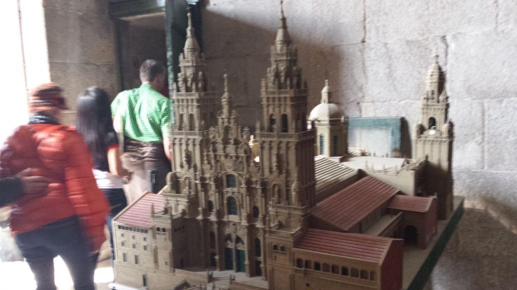 12-0, Santiago, Kathedrale, Modell