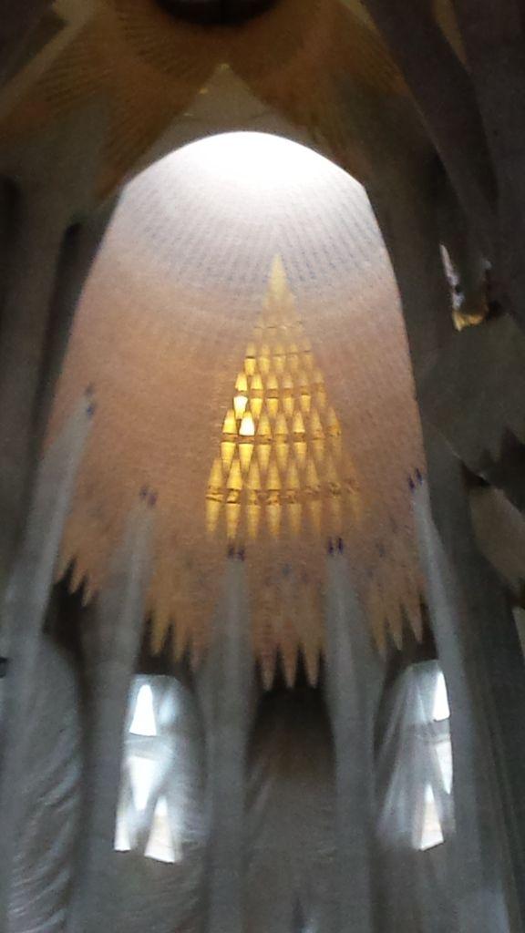 16-4, Sagrada Familia
