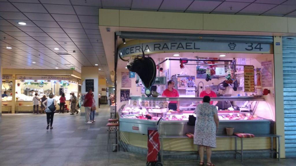 Sevilla Mercado Toro