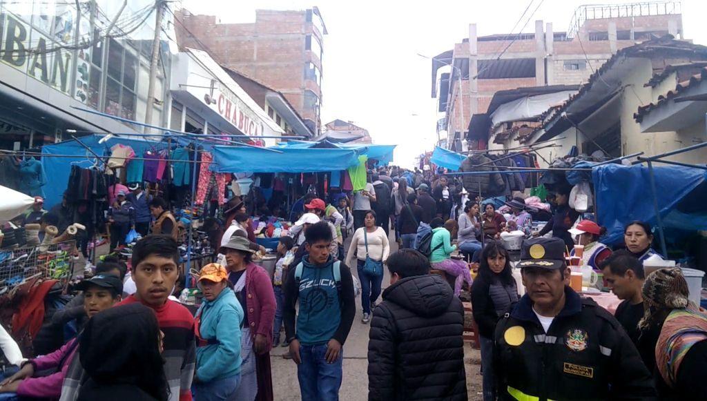 Reise durch Peru - Markt