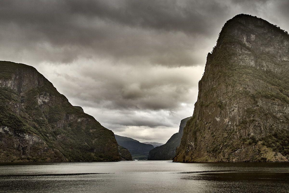 Ausfahrt des Aurlandsfjords