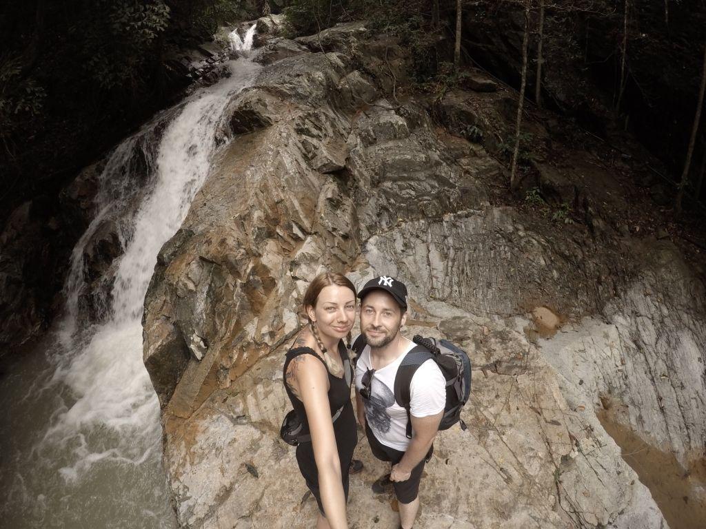 Beim Hin Lad Wasserfall in Thailand
