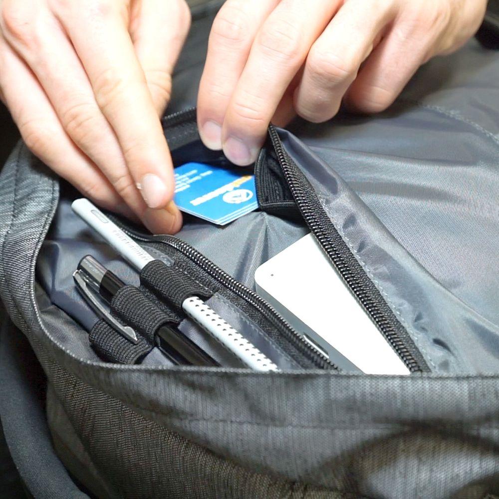 Digital-Nomad-35_Pack-Office-Reißverschlussfach