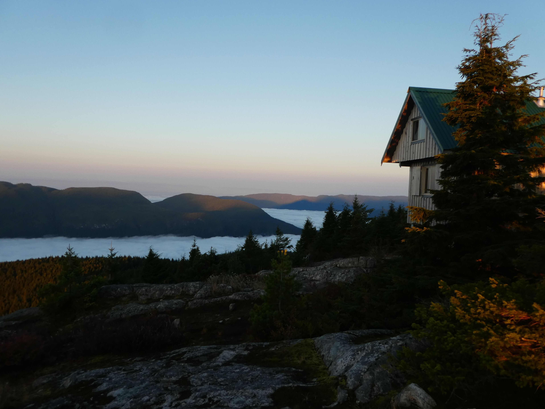 Kanadische Hütte auf dem Trail