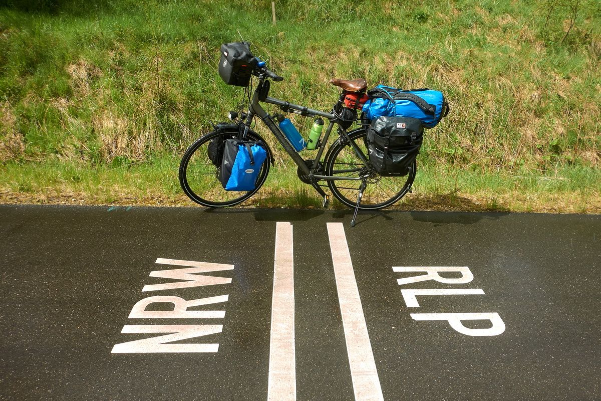 Landesgrenze NRW-RLP am Vennbahnradweg