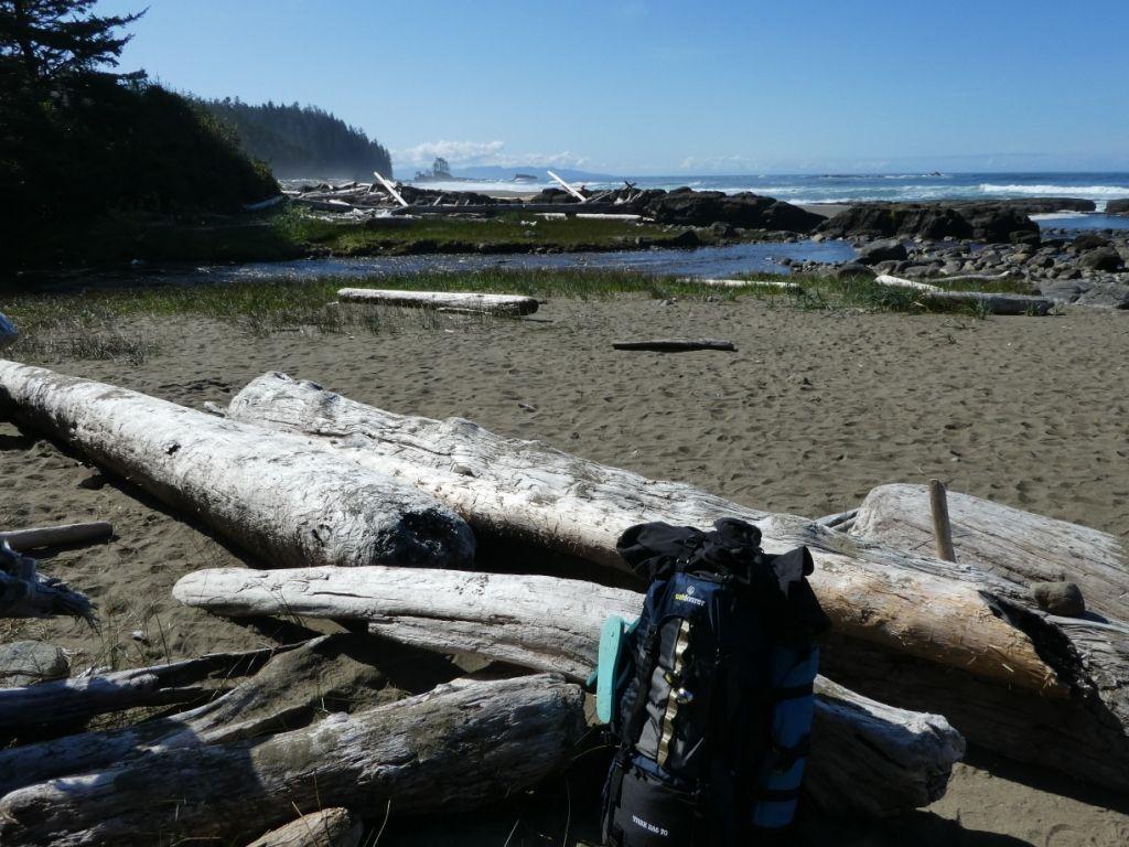 Strand mit Trekkingrucksack Trek Bag 70 P1030869