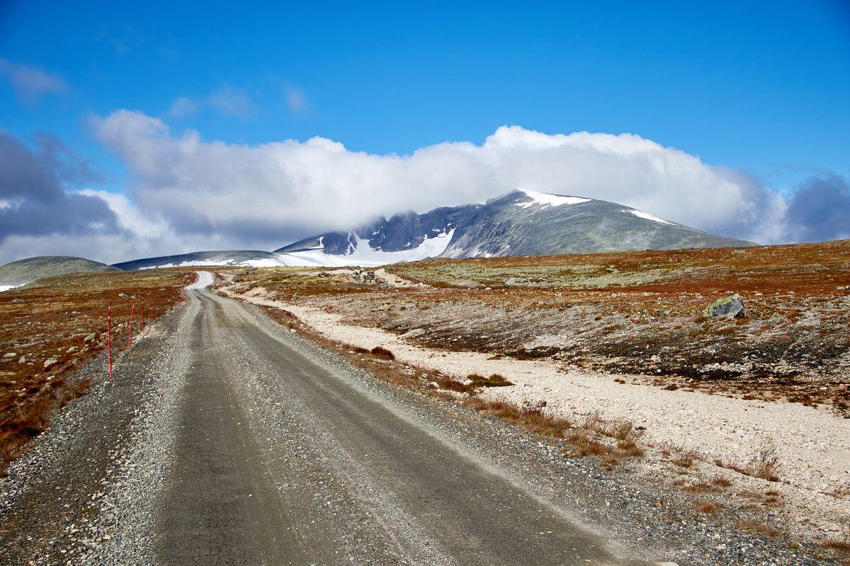 auf der Straße nach Snøheim im Dovrefjell